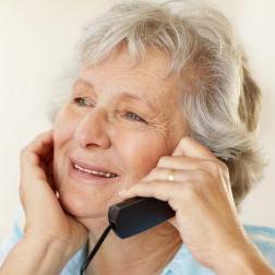"""ADA Savona con il progetto """"Siamo in ascolto"""" offre supporto telefonico soprattutto agli anziani"""
